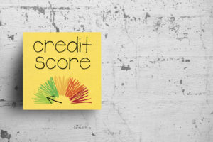 credit-score-post-it